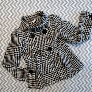 Nick and MO houndstooth coat!